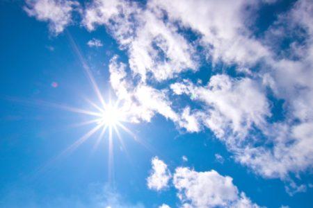 真夏にエアコンが使えない!?珪藻土塗り壁はどこまで湿度対策ができるのか?