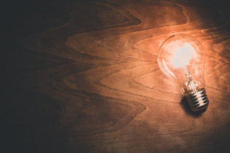 勧誘による電気の契約の切り替えで、トラブルが多発しています